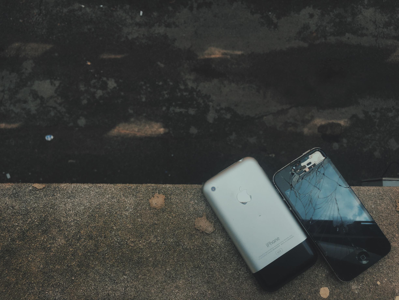 iphone repair near me. iphone repair: the best \u201cnear me\u201d and online service options iphone repair near me