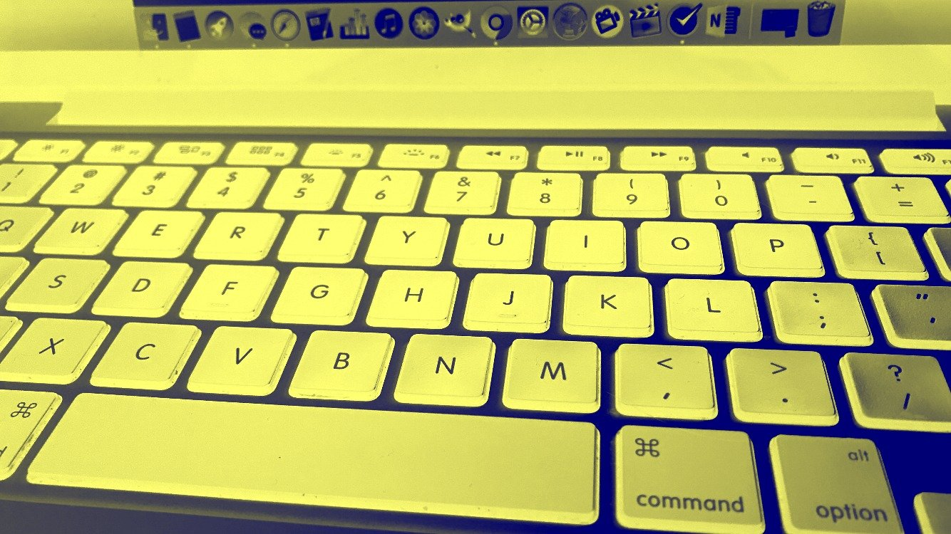 yellow blue keyboard magnifier